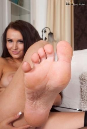 Sexy MILF Feet