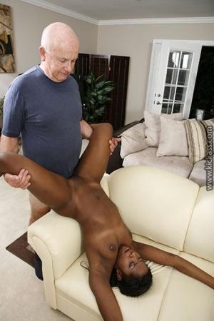 Sexy Black MILF