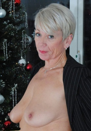 Sexy MILF Christmas