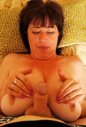 Sexy MILF Titty Fuck