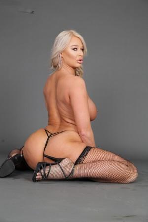 Sexy MILF In Heels