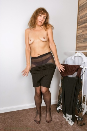 Sexy Pantyhose MILF