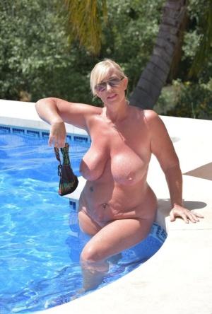 Sexy MILF Pool