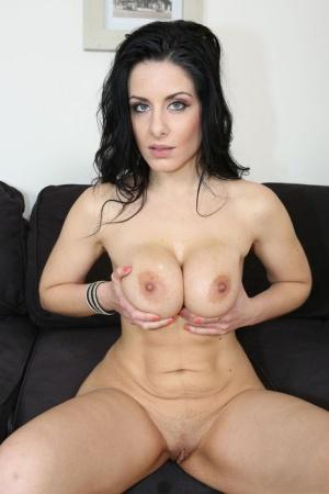 Sexy Cum On MILF Tits